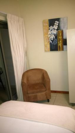single chair and that s it for seating choices picture of the rh tripadvisor co uk