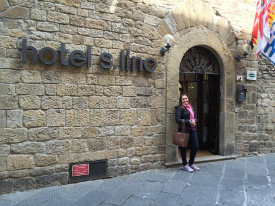 San Lino: Entrada do Hotel