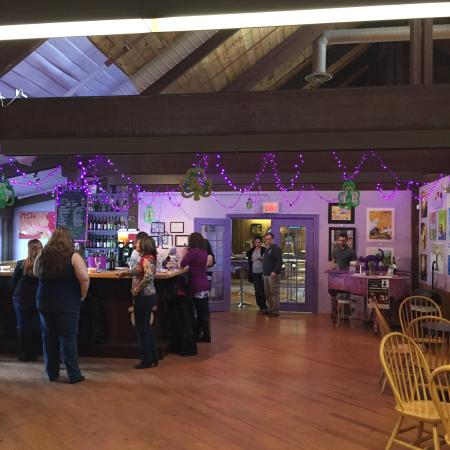 The Purple Cat Winery: photo0.jpg
