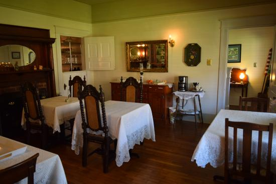 Woolwine, VA: breakfast room