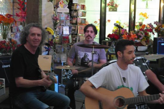 Petit Cultural - Recital de Verão LeMucca Espaço Musical