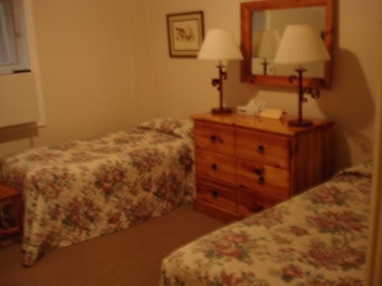 Montreat, NC: Guest rooms at WBL have all been recently upgraded, from the carpet up.