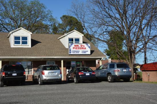 Mr D's Pizza Palace