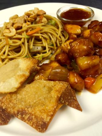 Marshall, AR: House-Made Chinese with Sweet & Sour Chicken, Lo-Mein, & Cream Cheese Rangoons