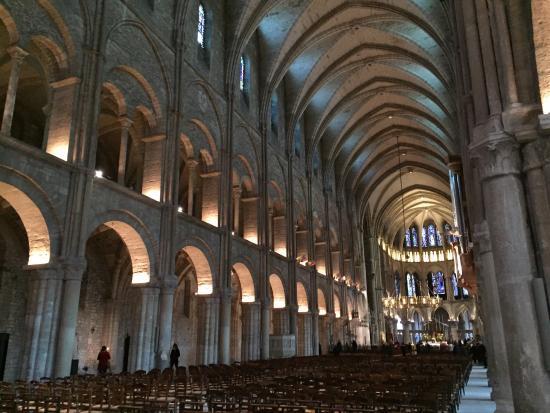 Abbey of Saint-Remi : photo1.jpg