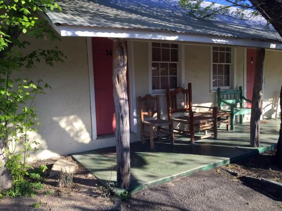 Outback Oasis Motel: Relax in one of the chairs on the porch with your favorite beverage and enjoy the mountain views