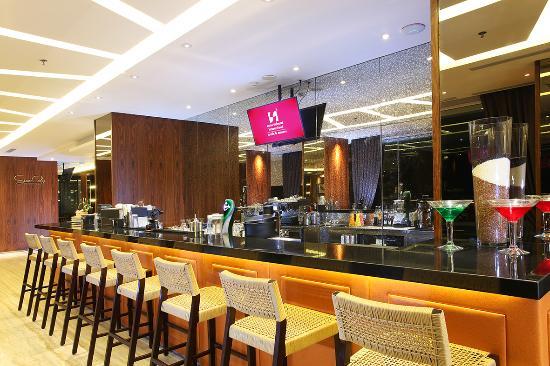 the bar lounge picture of swiss belhotel pondok indah jakarta rh tripadvisor com