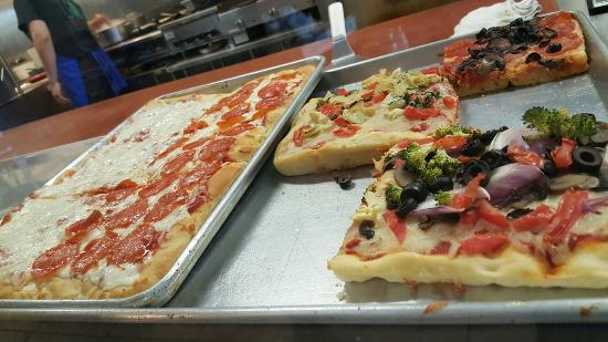 Cuginis Pizzeria & Trattoria 2