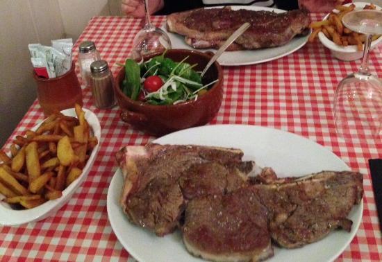 Frouard, Francia: Côte de boeuf 1kg/frites maison/salade EXTRA