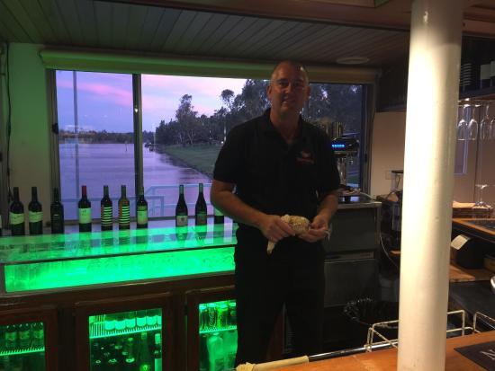 Waikerie, ออสเตรเลีย: Wok On Water