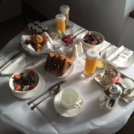 The Halkin by COMO: breakfast