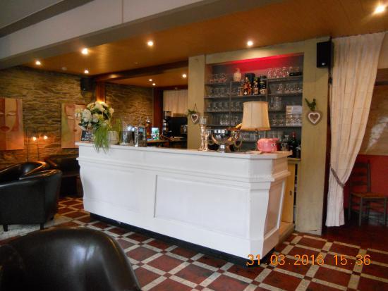 Le petit coin salon cosy et chaleureux - Picture of Auberge ...