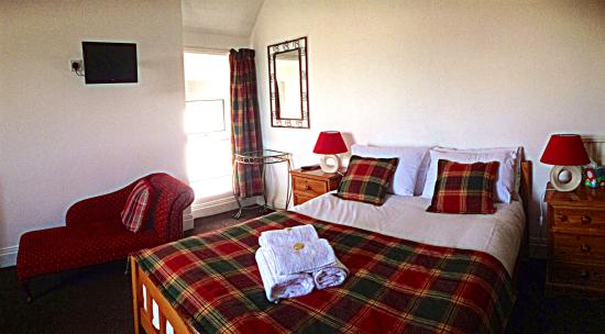 Clifton Villa Guest House: Great Orme Room