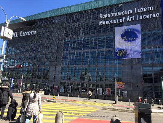 Kunstmuseum Luzern: Museum outside