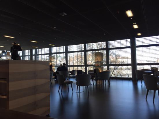 Kunstmuseum Luzern: cafe inside