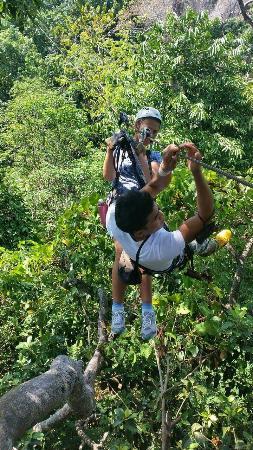 Cable Jungle Adventure: Funny