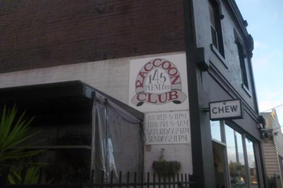 ‪Raccoon Club‬