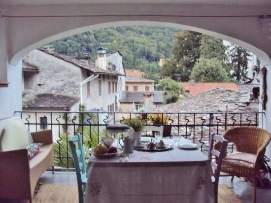 terrazzo coperto - Bild von B&B Centro Storico Chiavenna, Chiavenna ...