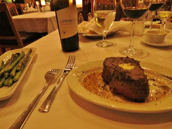 Ruth's Chris Steak House: 11 oz filet