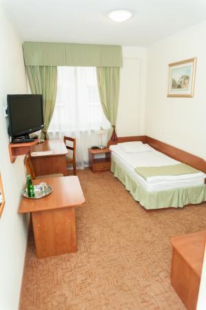 Hit Hotel: Pokój 1 -os.