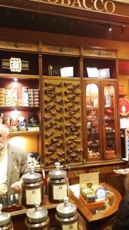Nat Sherman, Inc. : pipe e tabacchi