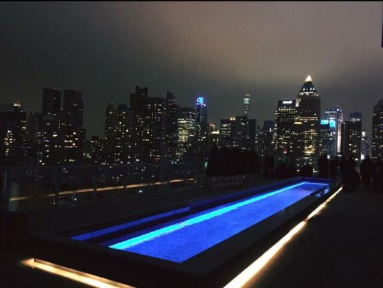 Rooftop au top