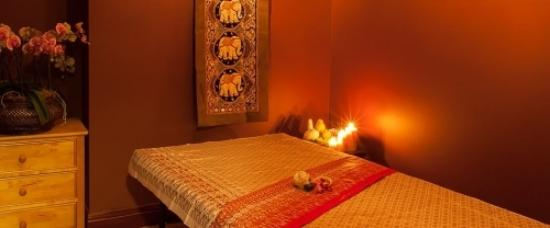 ‪Red Moon Thai Massage Manchester‬