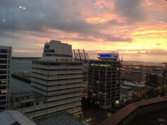 Mercure Auckland: photo0.jpg