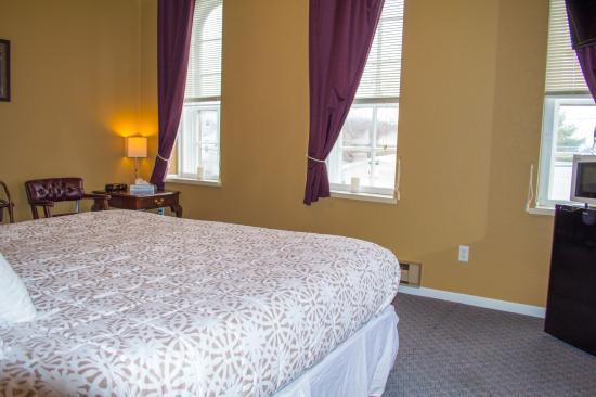 Spillville, IA: Standard King Room