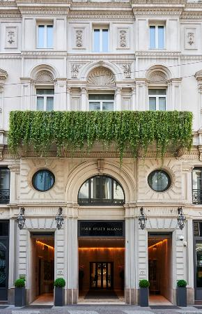 Park Hyatt Milan: Main Entrance