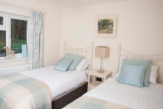 Blessingbourne Apartments: Gate Lodge Twin Room