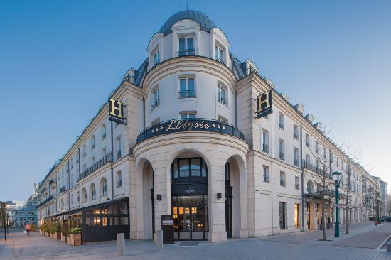Photo of Hotel l'Elysee Val d'Europe Serris