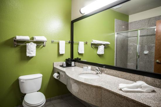 Hewitt, TX: Restroom