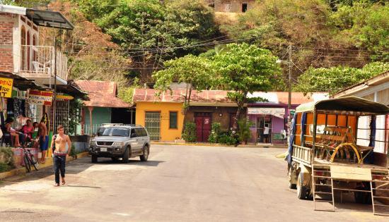 El barrio humilde  y la gente estupenda.San Juan del Sur