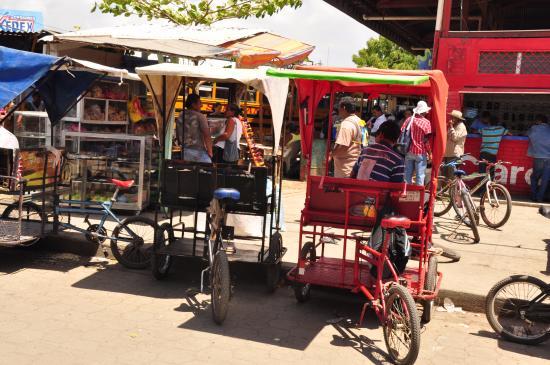 San Juan del Sur, Nicaragua: Taxis con ruedas. Gran idea .Muy seguro.