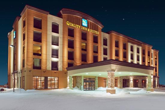 Quality Inn & Suites Levis: Extérieur