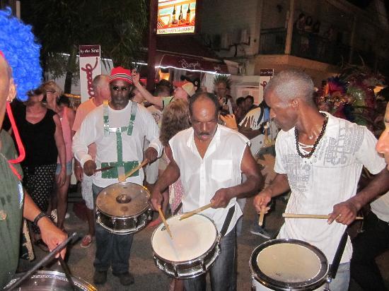 Les Mardis de Grand Case (Harmony Night): Small street parade in Grand Case - Harmony Night