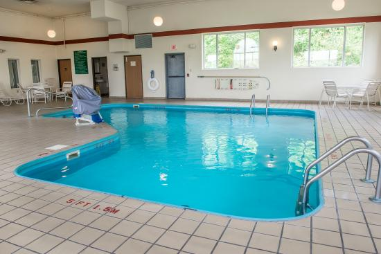 Comfort Inn : Indoor Heated Pool