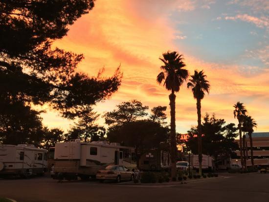 Las Vegas KOA at Sam's Town: Spring sunset at Sam's Town KOA.
