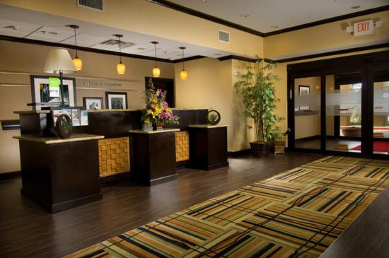 Hampton Inn & Suites Longview North: Lobby