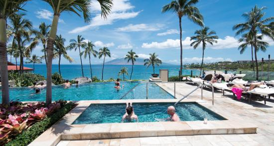 View from Maui hotel pool