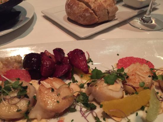 Eddie V's Prime Seafood: Scallops