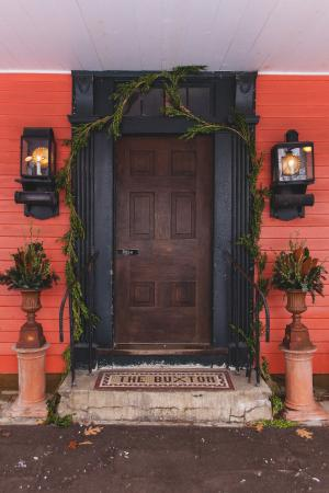 Buxton Inn: Front Entry In Fall