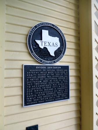 historic home sign picture of inn on the river glen rose rh tripadvisor com