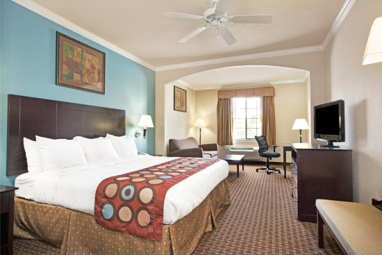 Super 8 Iah West/Greenspoint: King Suite
