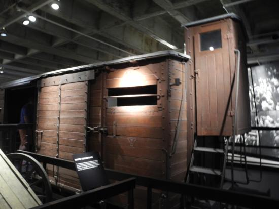 a report on an emotional trip to the holocaust museum Trip report, part 3 - washington dc, january 2015 sorry - this is a repost, as i didnt tag the the original as a trip report thanks to those who have read and responded to part 1 and 2 2 parts to go.