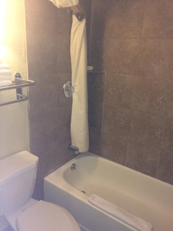 Tucker, GA: These are some pictures I took to captures a few of the hotels awesome features.