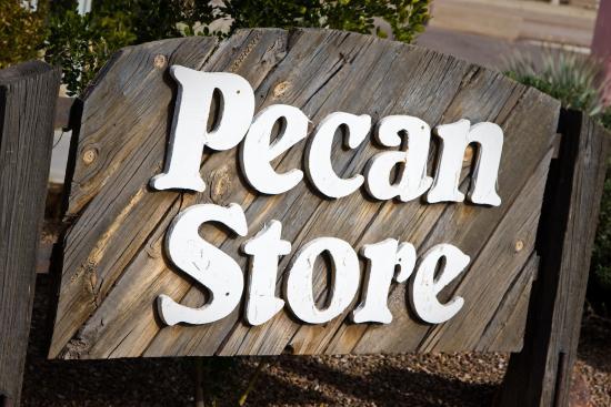 Sahuarita, อาริโซน่า: Pecan Store sign