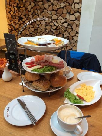 """Burgbernheim, Alemanha: Frühstück """"Du und Ich"""""""