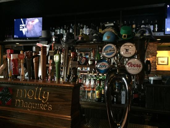 ‪Molly Maguires Irish Pub and Restaurant‬